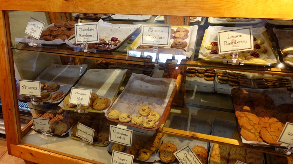 Jacob Lake Inn Cookie Display
