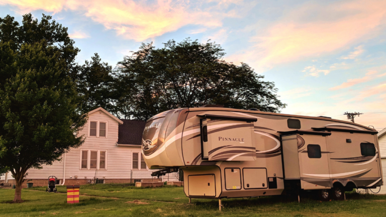 RV VS House Pros and Cons – Which Would You Choose?